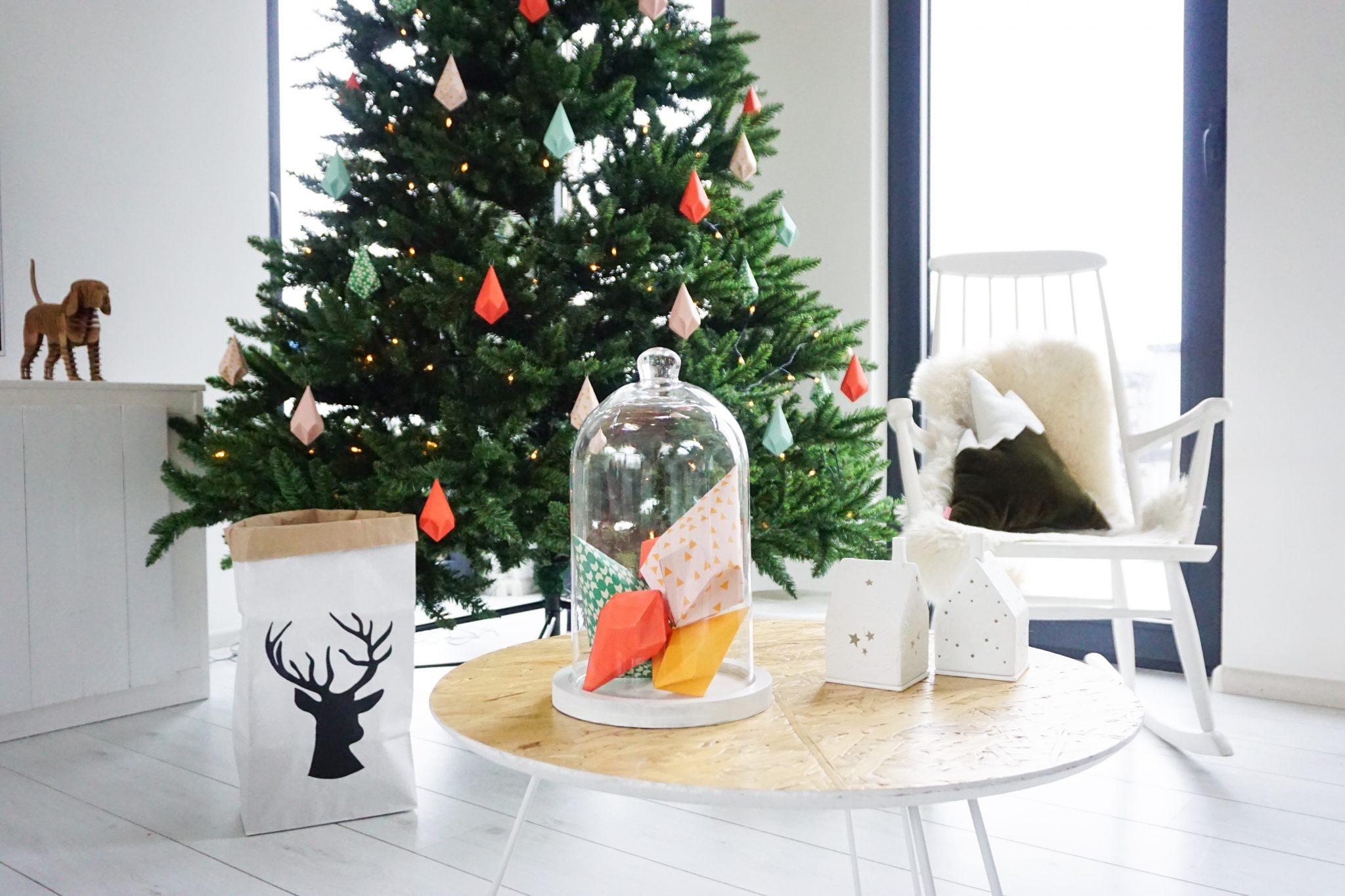 kerst diy decoratie papieren kristallen