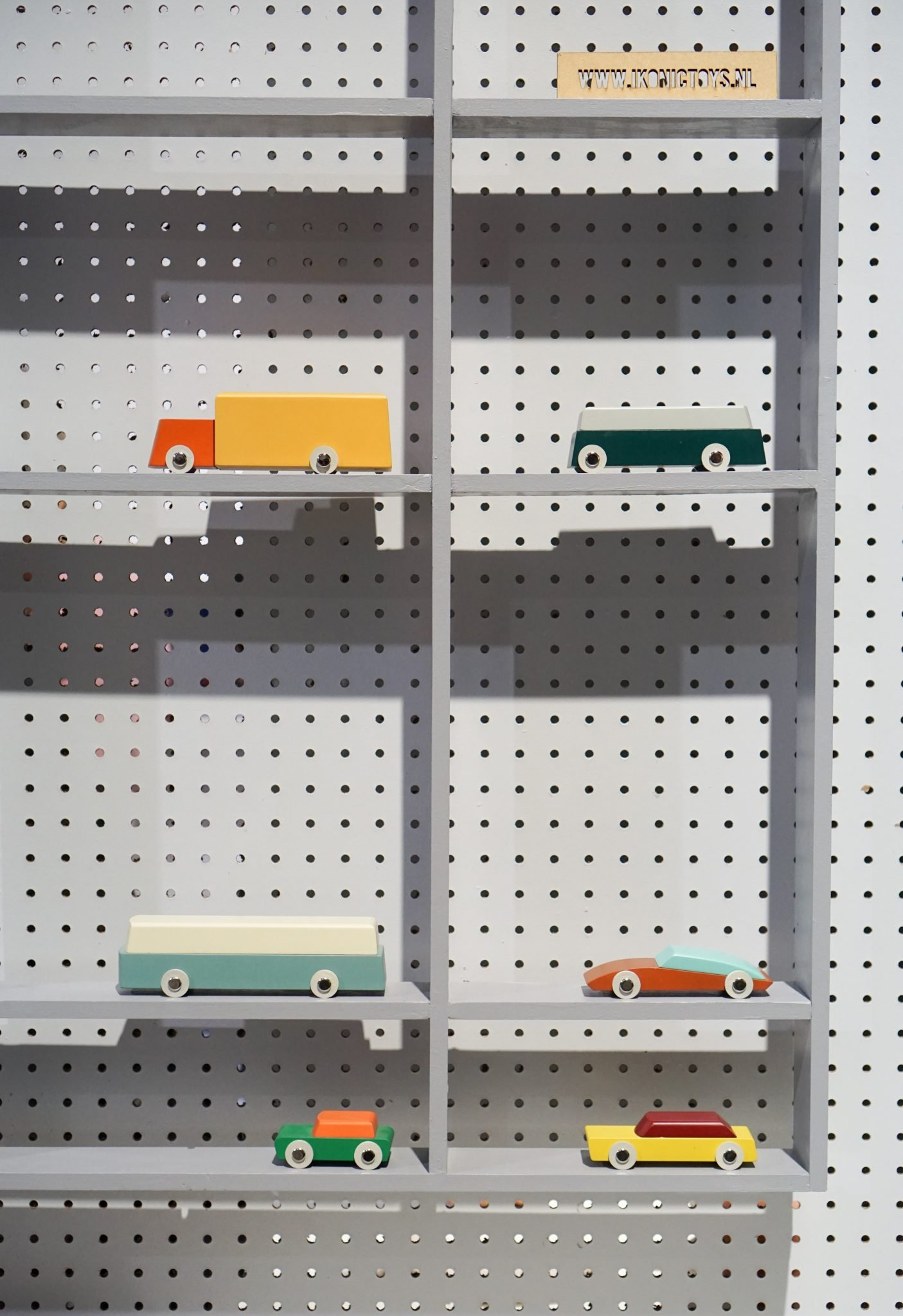 dutch design week 2017 Ikonic Toys