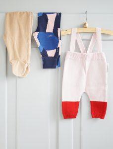Roze babykleding