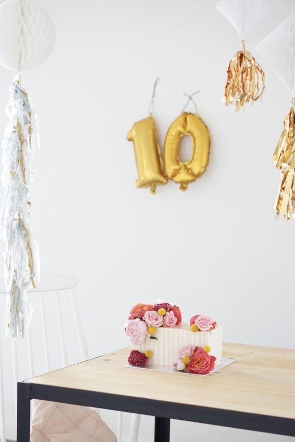 feestje bruiloft tien jaar getrouwd feestversiering xenos folieballonnen bruidstaart
