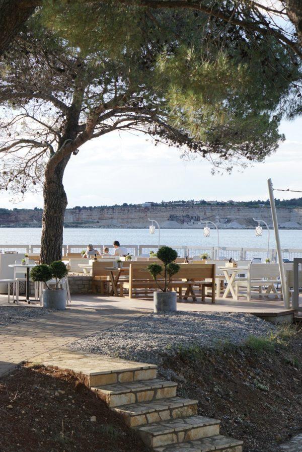 valamar laterna camping restaurant aan zee kroatië istriË