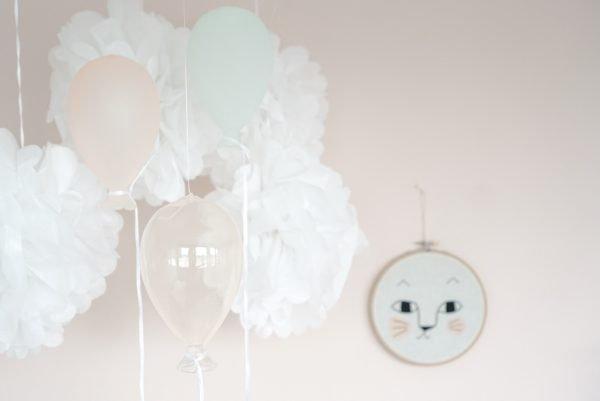 Roze muur babykamer wandrek kidsdepot wot