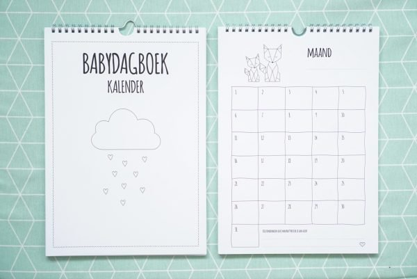 closeup babydagboek kalender