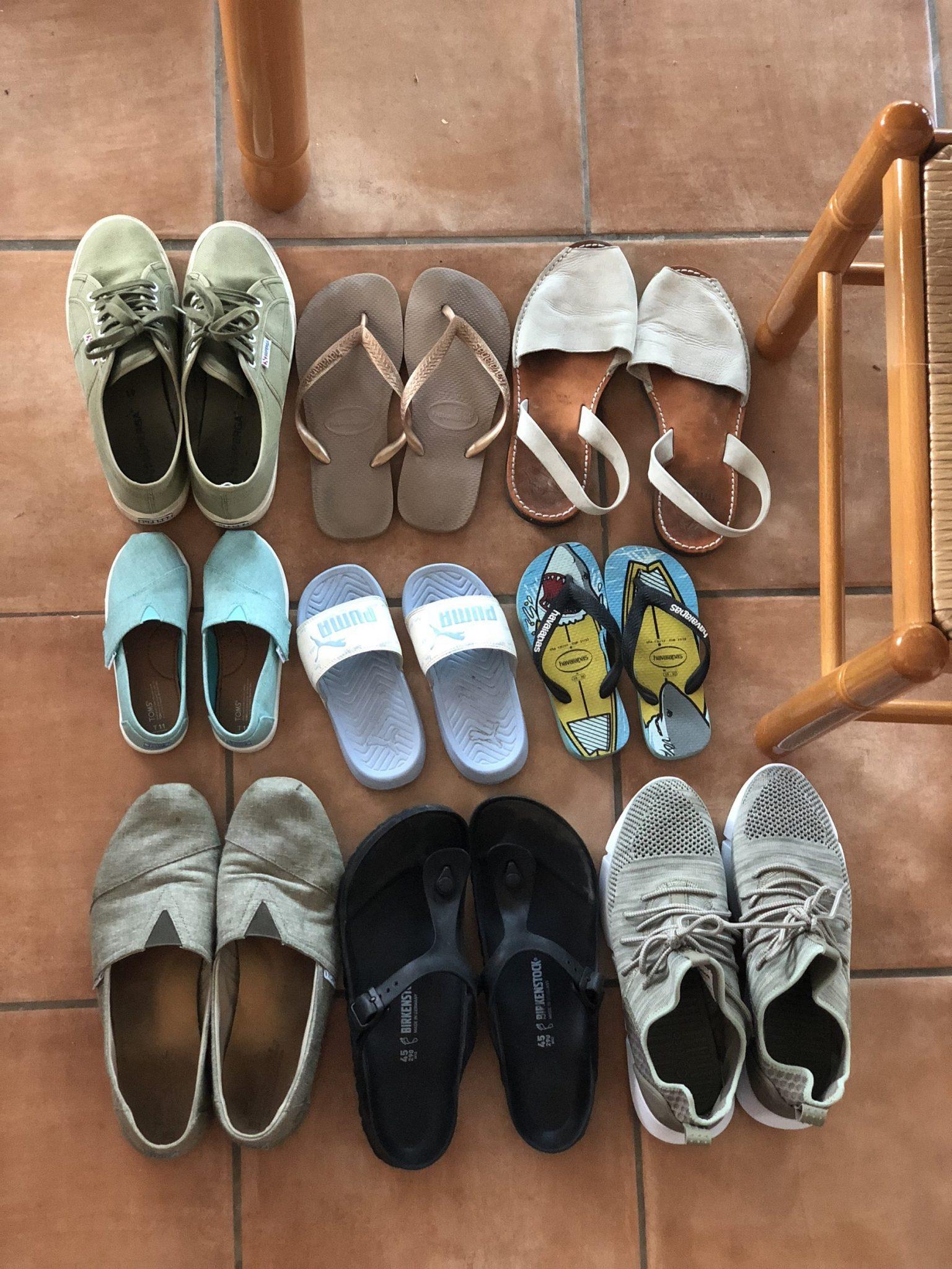 hoeveel paar schoenen mee op vakantie inpaklijst gezin baby peuter
