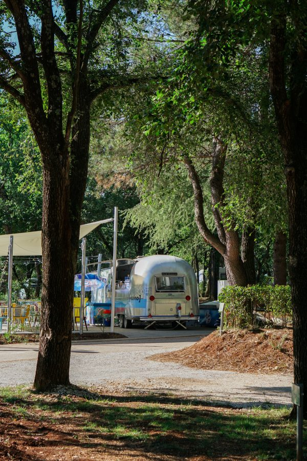 foodtruck camping lanterna magica canvas holidays