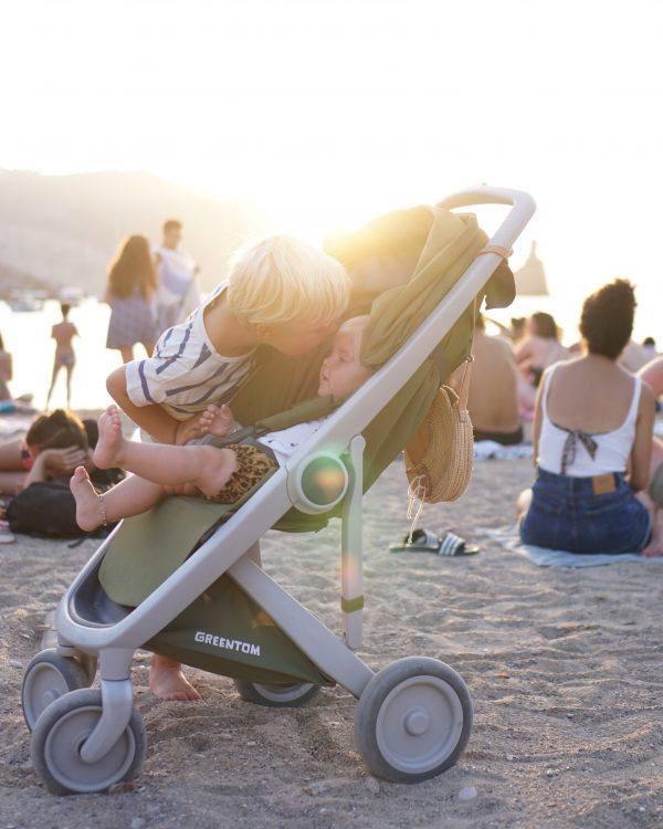 Ibiza benirras strand zonsondergang rond rieten tas tasje boho
