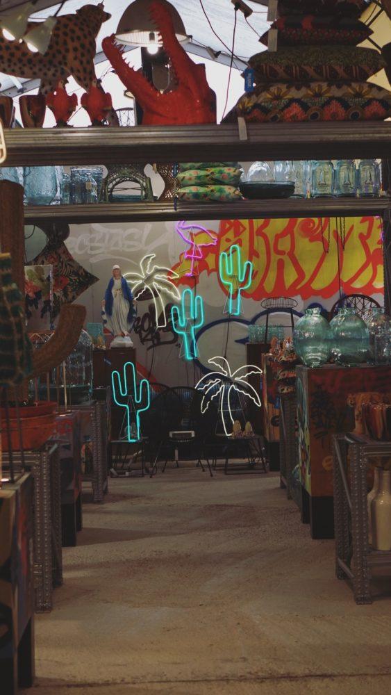 neon bij sluiz ibiza