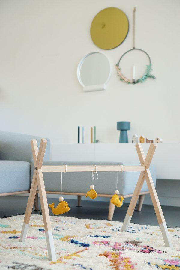 houten babygym huiskamer woonkamer gezellig