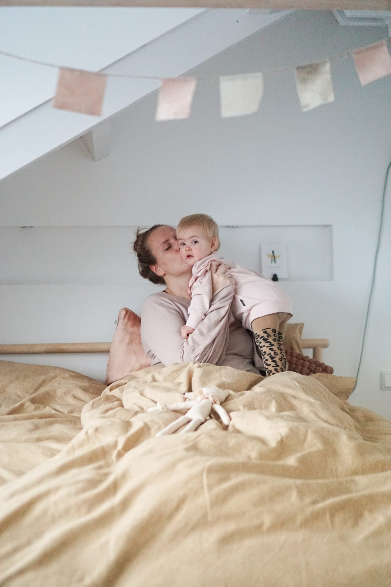 knuffelen baby bed beddinghouse
