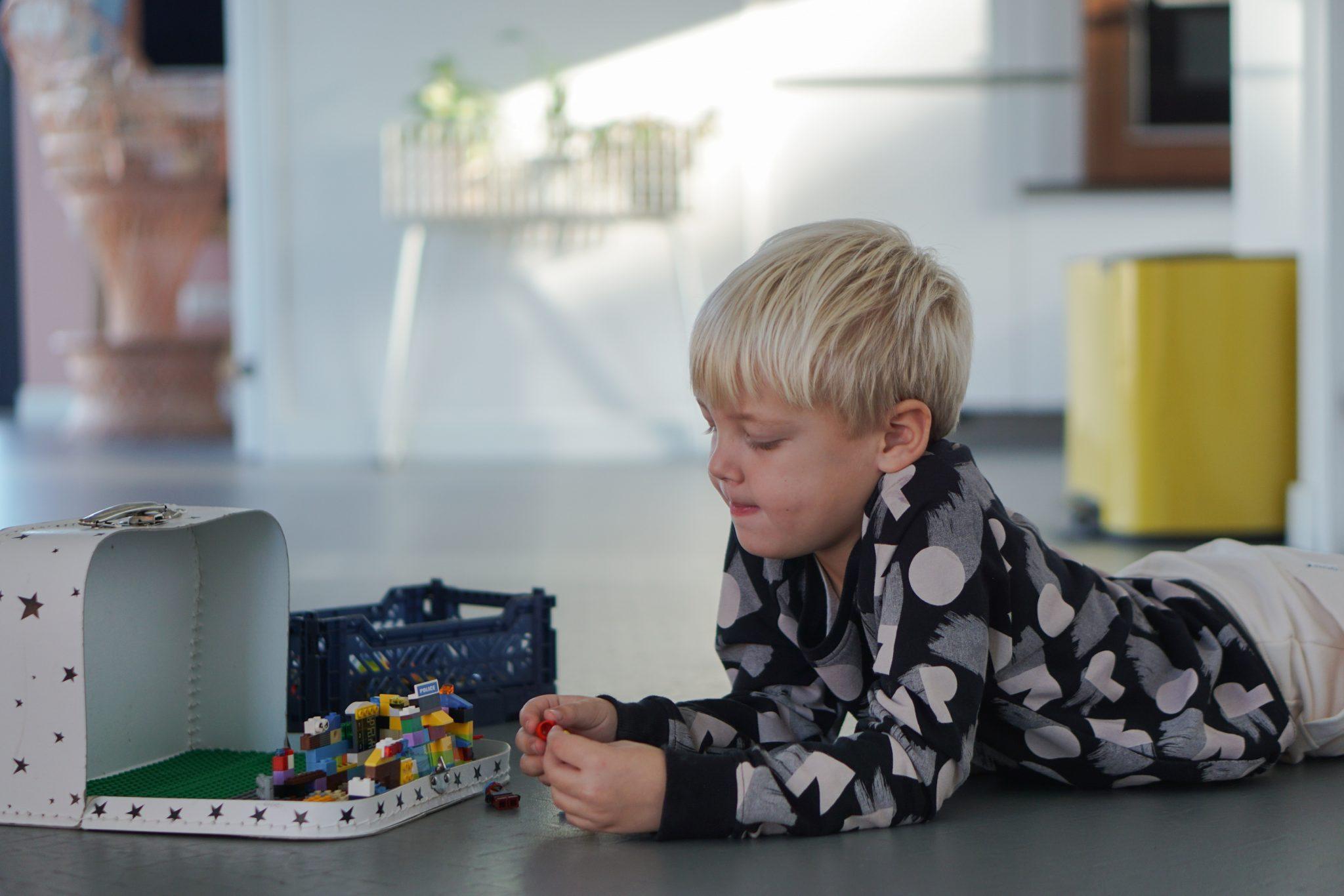 lego speelkoffer onderweg