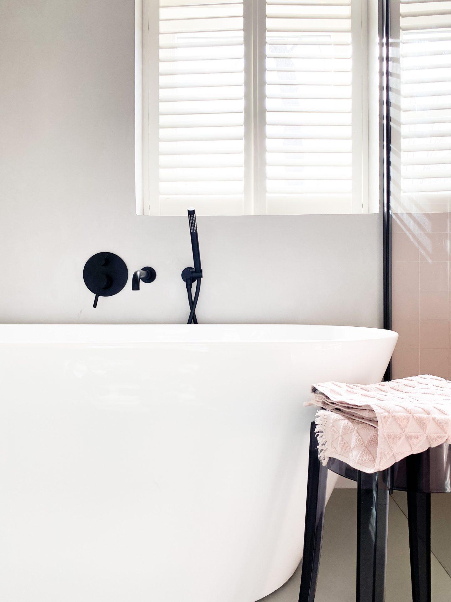 badkamer losstaand bad wit
