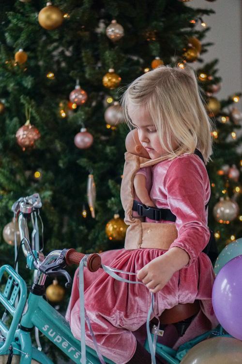 cadeautips-meisje-babypop-draagzak-kinderfiets