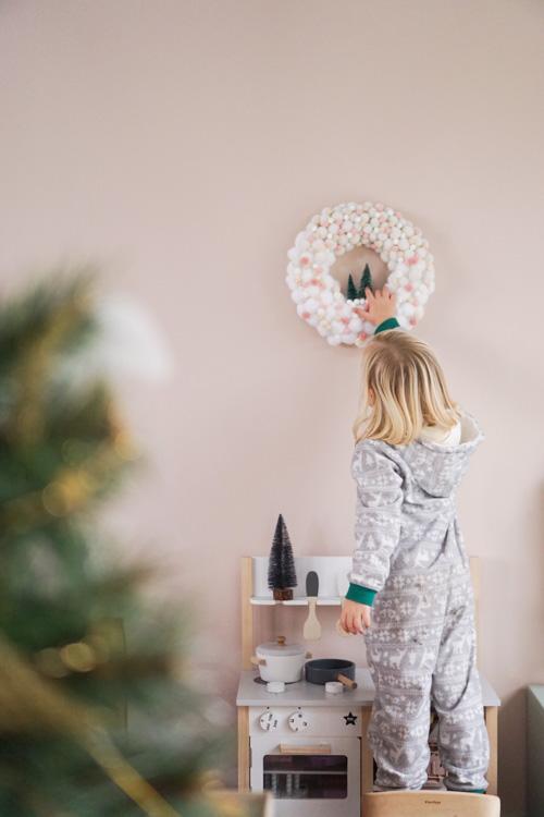 kerstkrans makkelijk maken knutselen kinderen