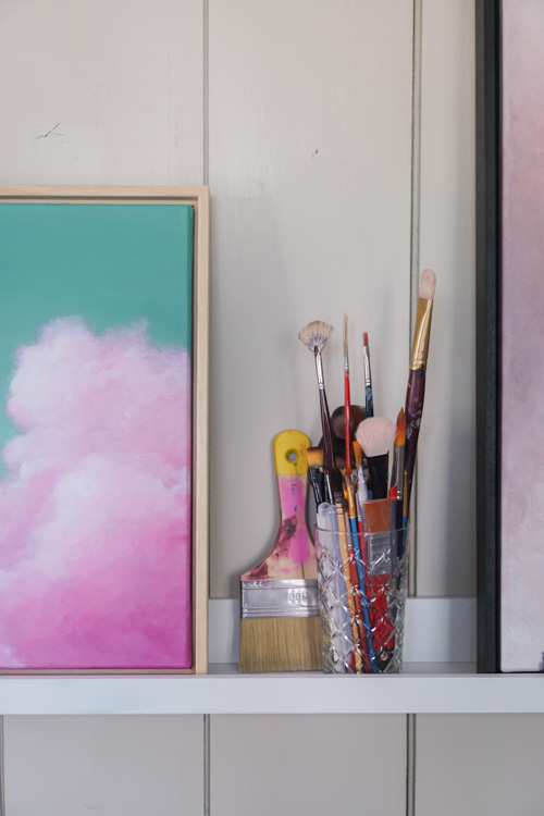atelier abstracte kunst kleurrijk