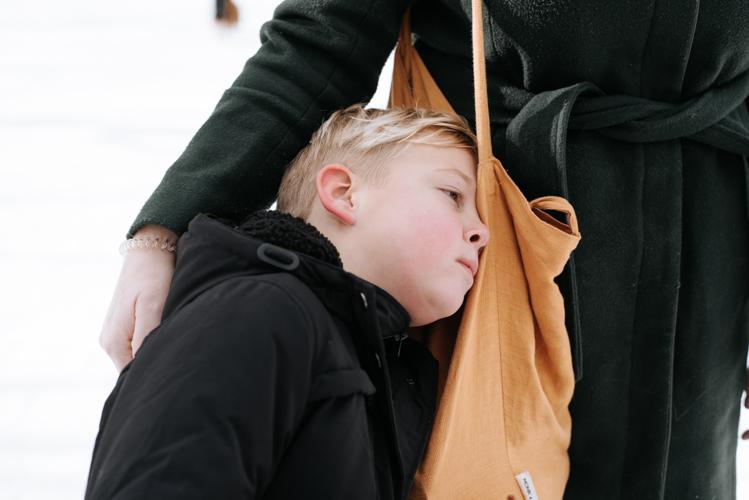 Fotoshoot gezin moeder en zoon Sophie Bel