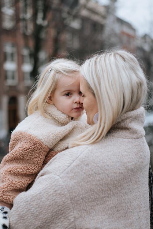 moeder en dochter familie fotoshoot