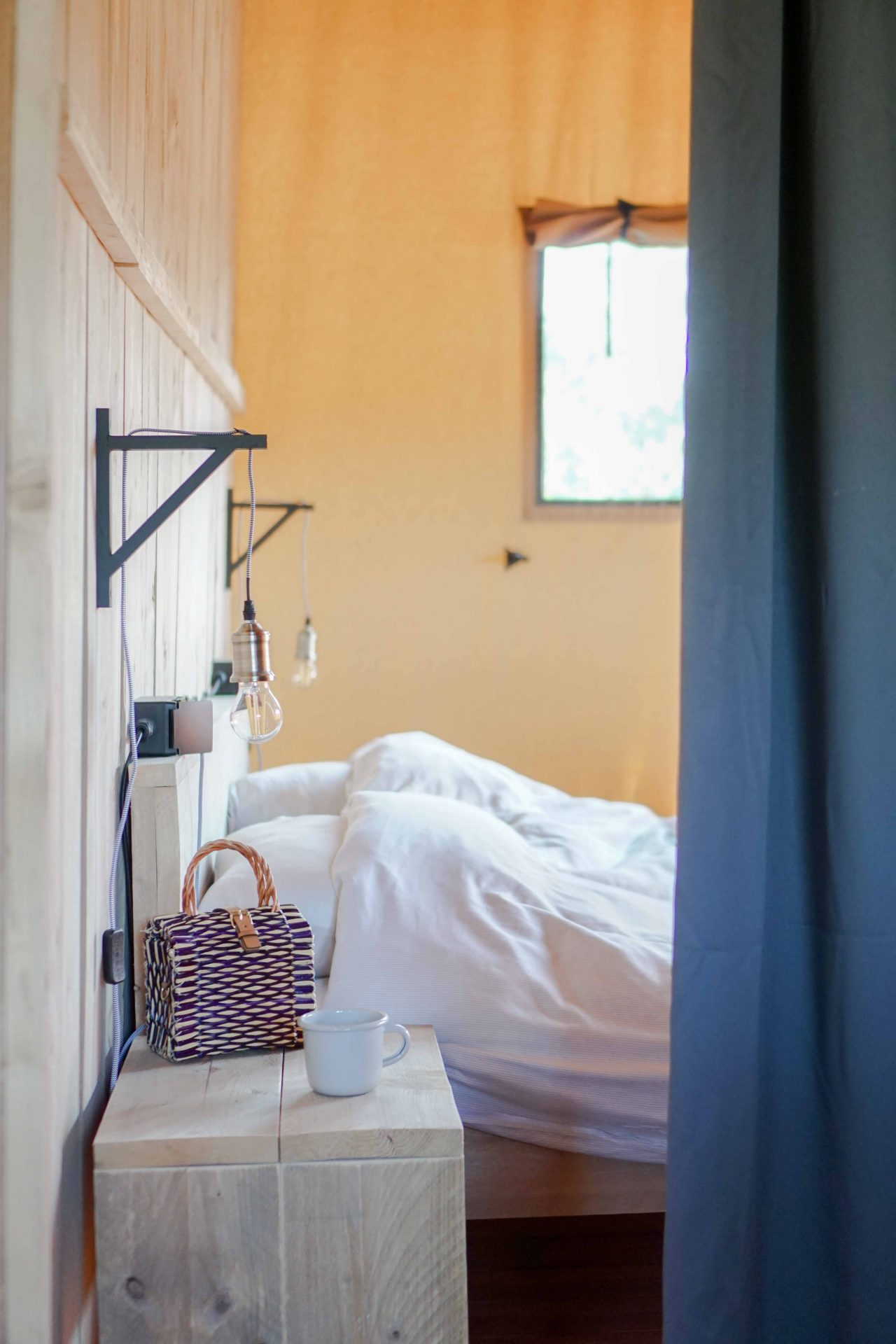 safaritent master bedroom binnenkijken