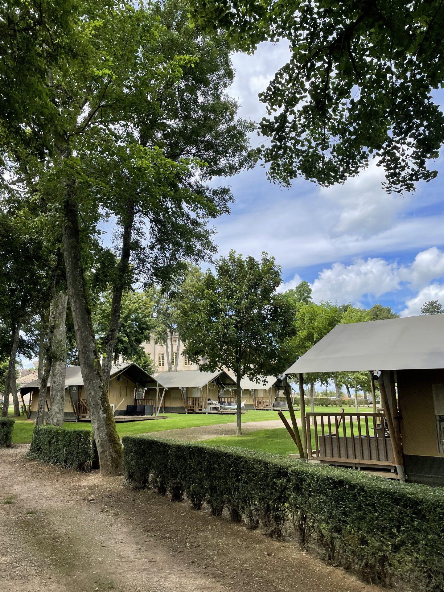 villatent camping Frankrijk Chateau de L'Epervier