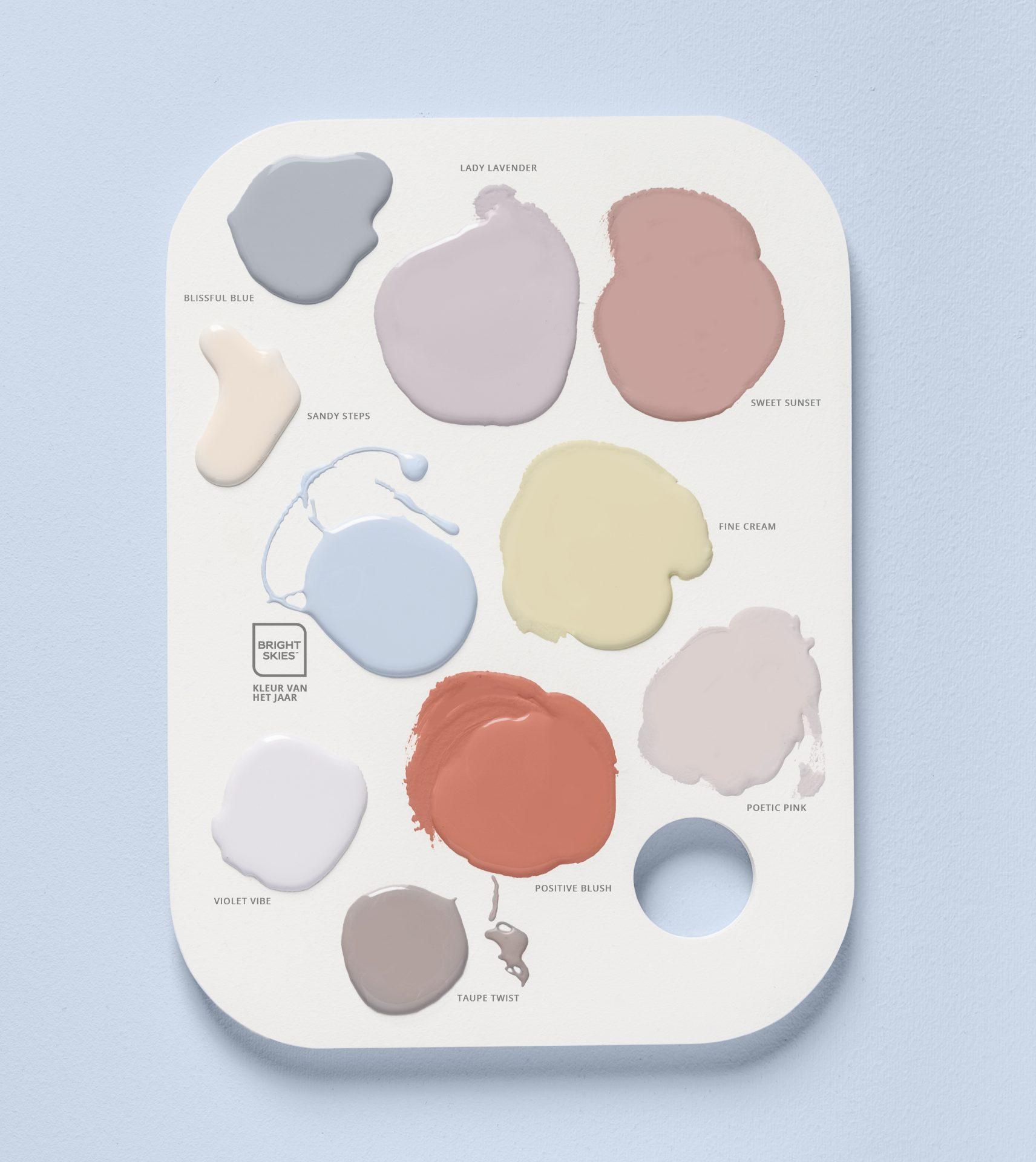 Flexa-Kleur-van-het-Jaar-2022-Bright-Skies-Kleurentrends-2022-Studio-kleurpalet-met-namen