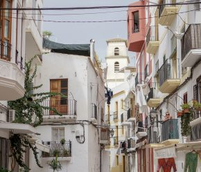 Ibiza stad vakantie inpaklijst kinderen peuter baby